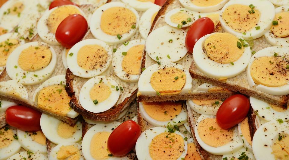 eggs-healthy-energy-boosting-snacks